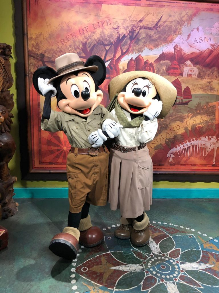 Mickey e Minnie no Animal Kingdom